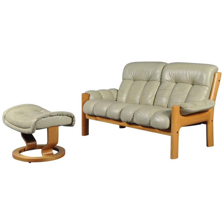 Fantastic Ekornes Stressless Montana Solid Teak Loveseat Sofa By J E Ekornes Norway Download Free Architecture Designs Grimeyleaguecom