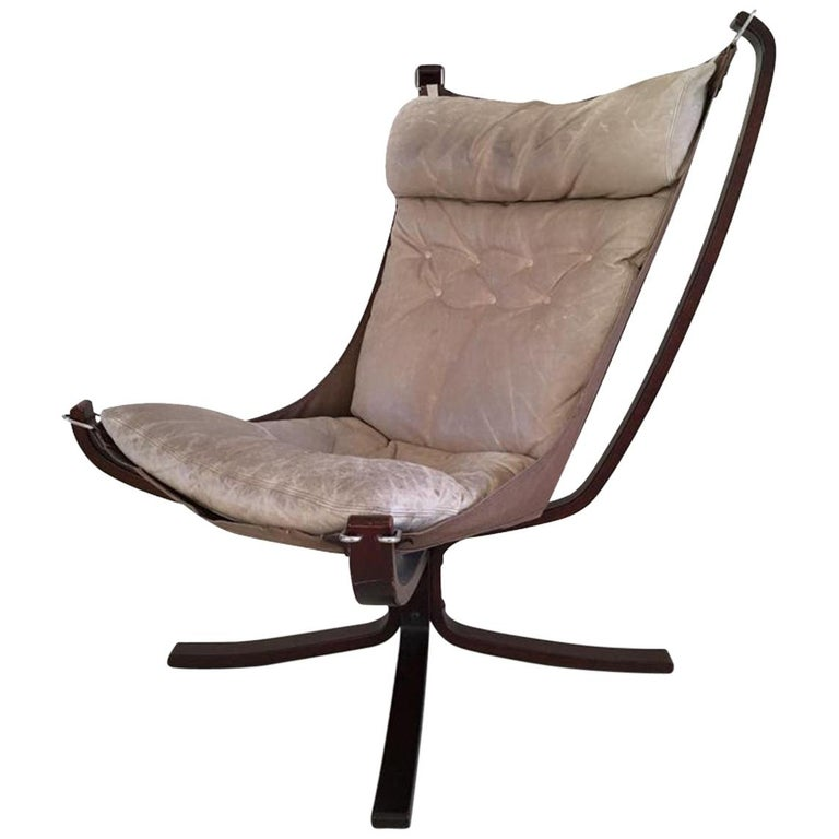 Midcentury, Cream White, Falcon Chair by Sigurd Resell for Vatne Mobler, 1970s For Sale