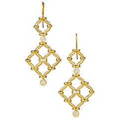 Rare Pair of Kensington Earrings in 18-Karat Gold with 4 Round and 4 Baquettes