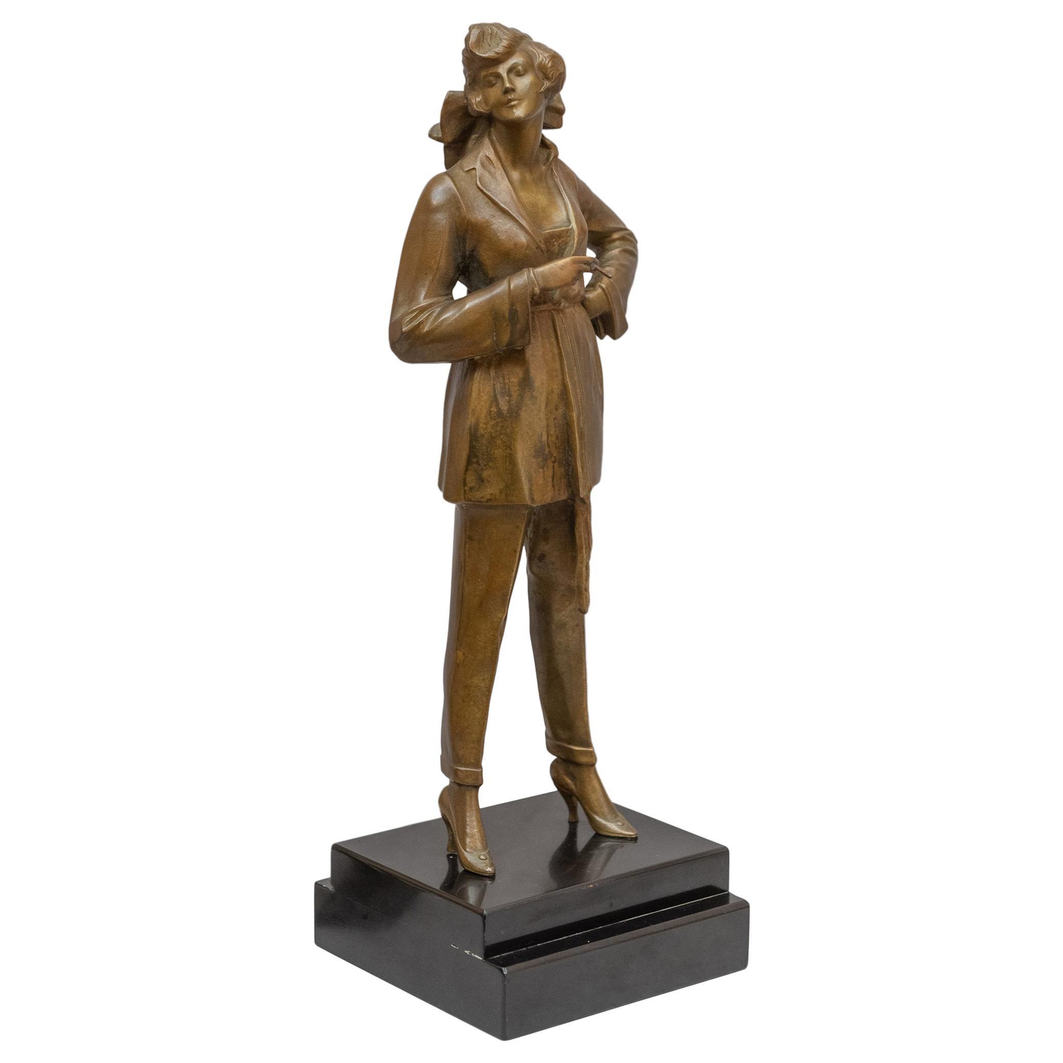 Art Deco Bronze of a Classy Woman by Bruno Zach ca. 1930s