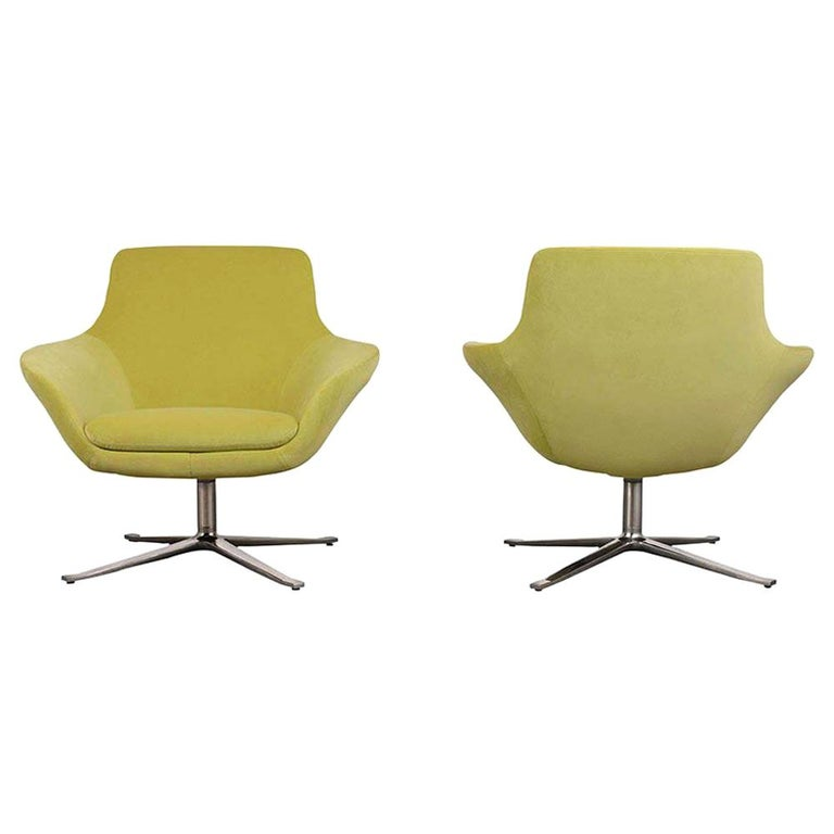 Set of Two Modern Swivel Lounge Chairs For Sale