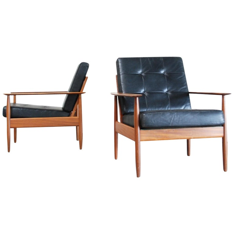 Danish Pair of Teak Leather Armchairs, 1960s For Sale