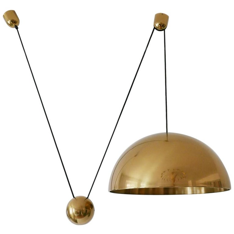 Exceptional Solan Counter Balance Pendant Lamp by Florian Schulz, 1980s, Germany For Sale