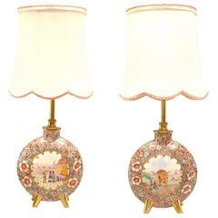 Ein Paar englische viktorianische Pilgrim geformte Tischlampen