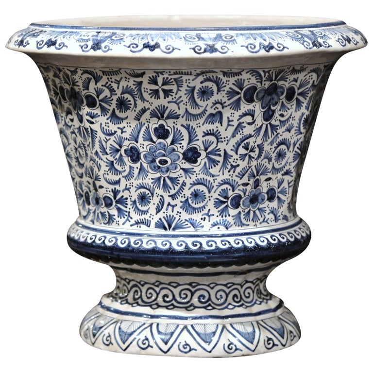 19th Century French Faience Painted Cache Pot with Blue and White Floral Decor For Sale