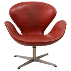 Early Arne Jacobsen Swan Chair in Original Leather