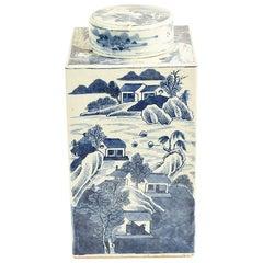 17th Century Chinese Kangxi Porcelain Tea Jar with Blue and White Underglaze