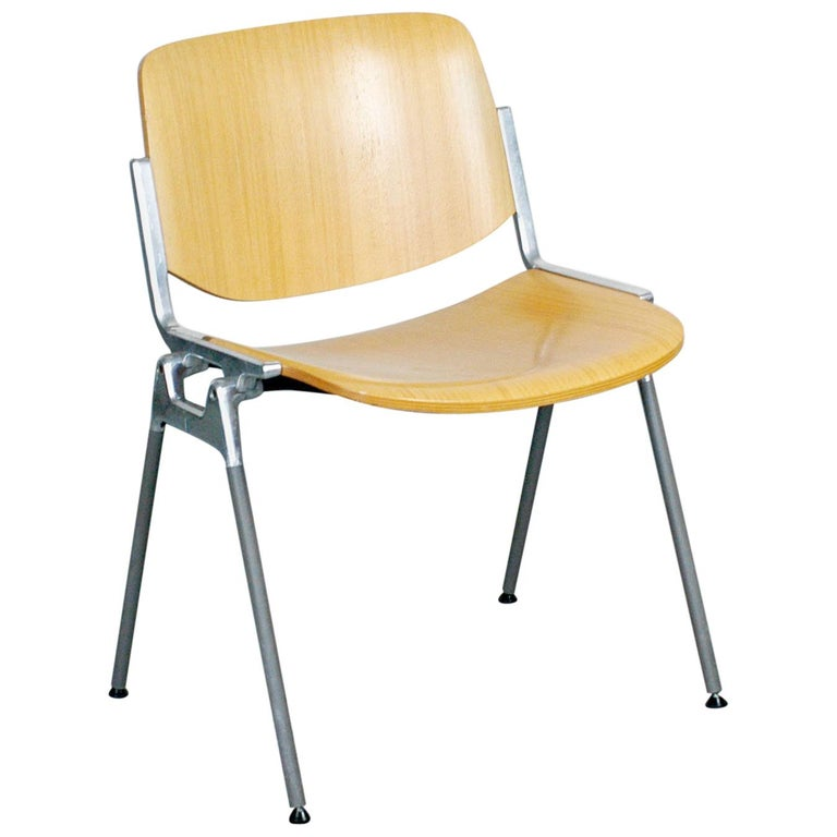 Set of Six Wooden Castelli DSC 106 Stacking Chairs by Giancarlo Piretti