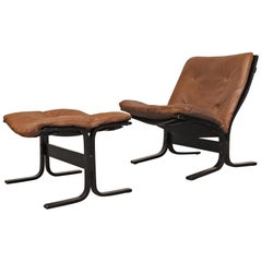 "Westnofa ""Siesta"" Low Back Leather Lounge Chair and Ottoman"