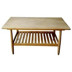 Midcentury Scandinavian Oak Coffee-Table