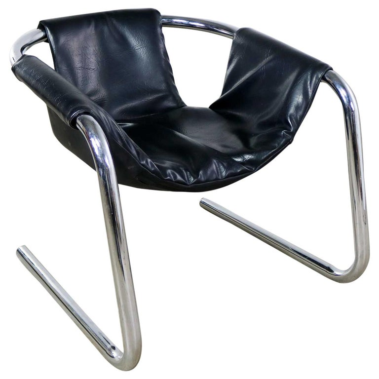 Chrome and Black Vinyl Cantilevered Sling Chair Attributed to Vecta Group, Italy For Sale