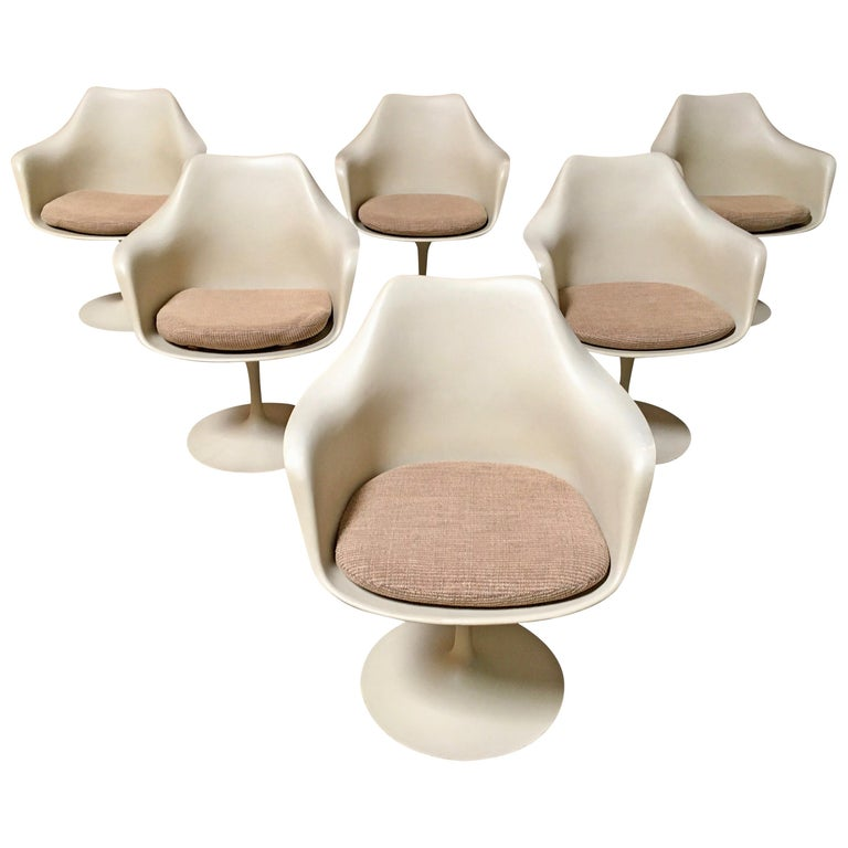 Dining Chairs by Eero Saarinen for Knoll Set of Six For Sale