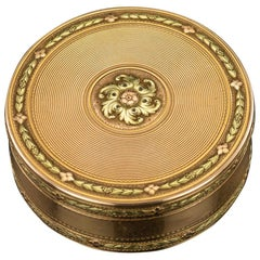 Antique 18th Century French Three-Color 18-Karat Gold Snuff Box, circa 1777