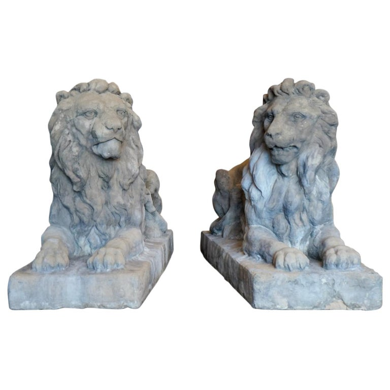 Pair of 18th Century Limestone Lions For Sale