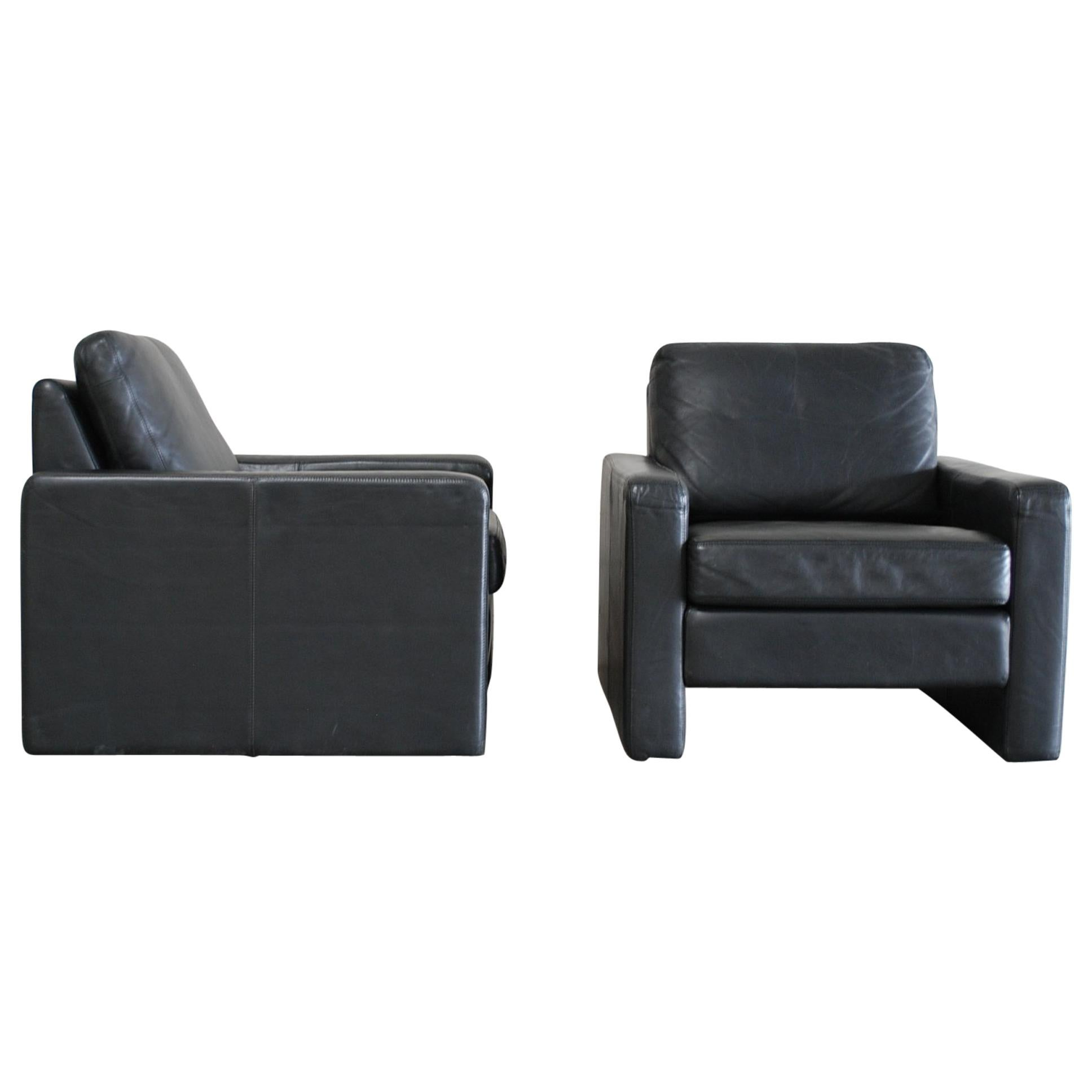 COR Conseta Back Pair of Leather Armchair