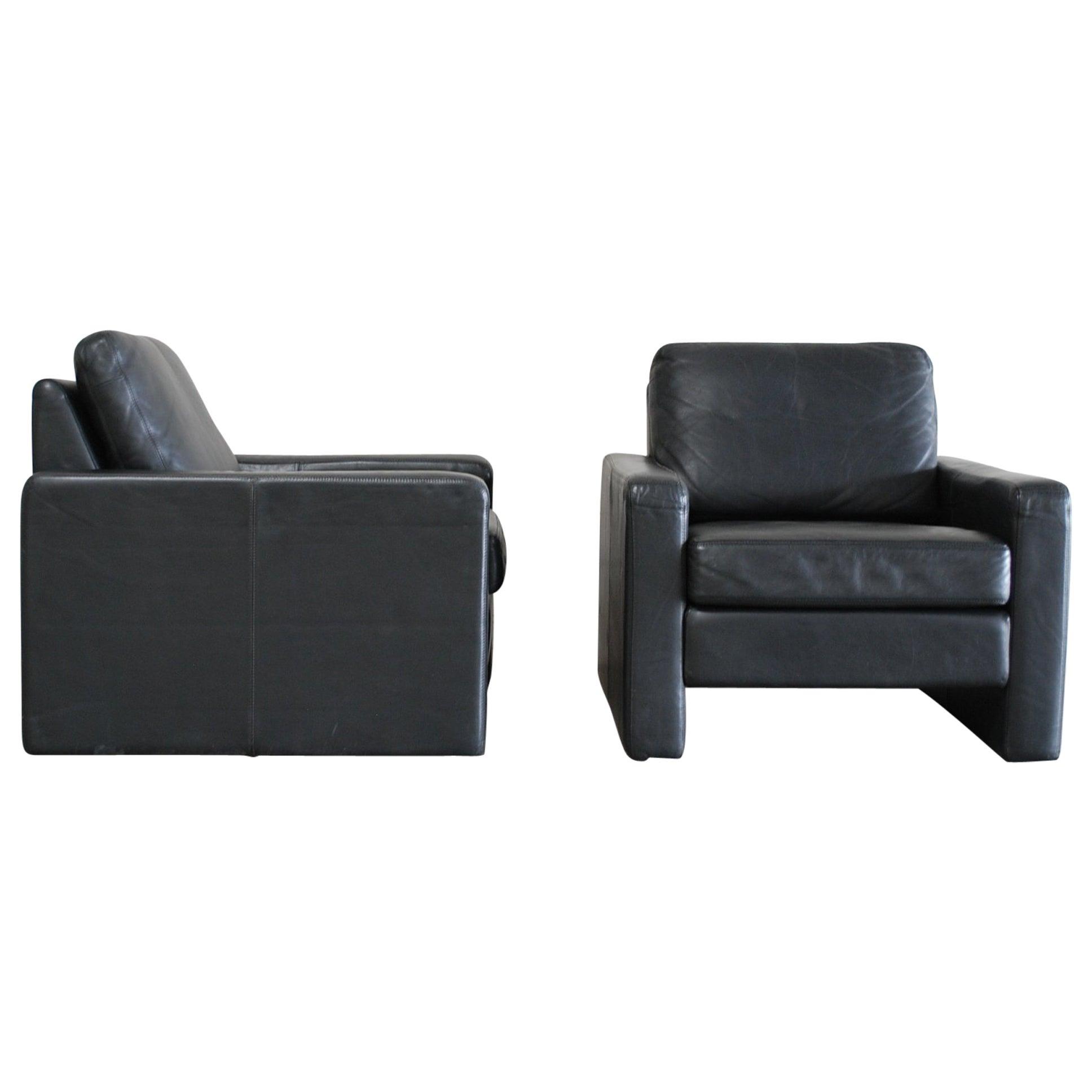 COR Conseta Back Pair of Leather Armchair