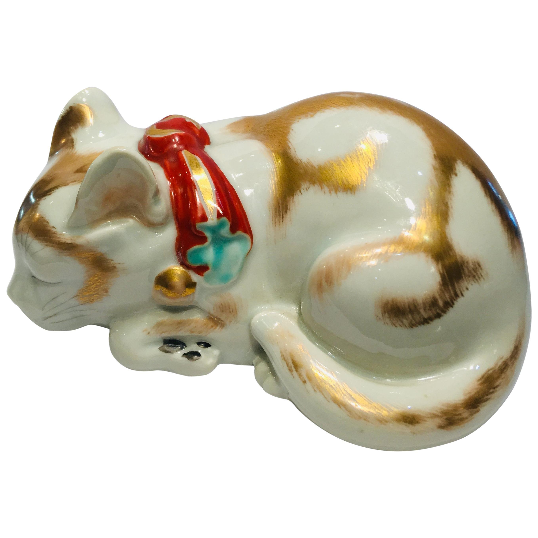 Kutani Japanese Porcelain Sleeping Kitten circa 1920s Handmade Hand Painted