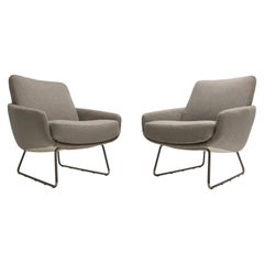 Pair of Artifort F165 Lounge Chairs with New Ploeg Wool Upholstery, circa 1955