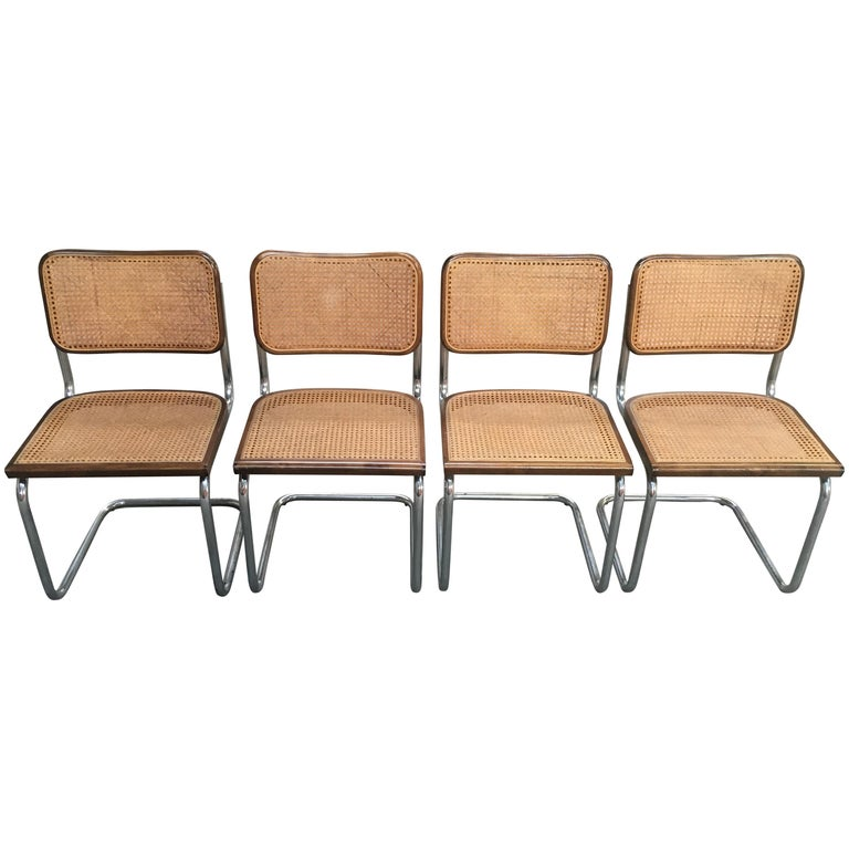 Mid-Century Modern Italian Four Walnut Cesca Chairs by Marcel Breuer, 1970s For Sale