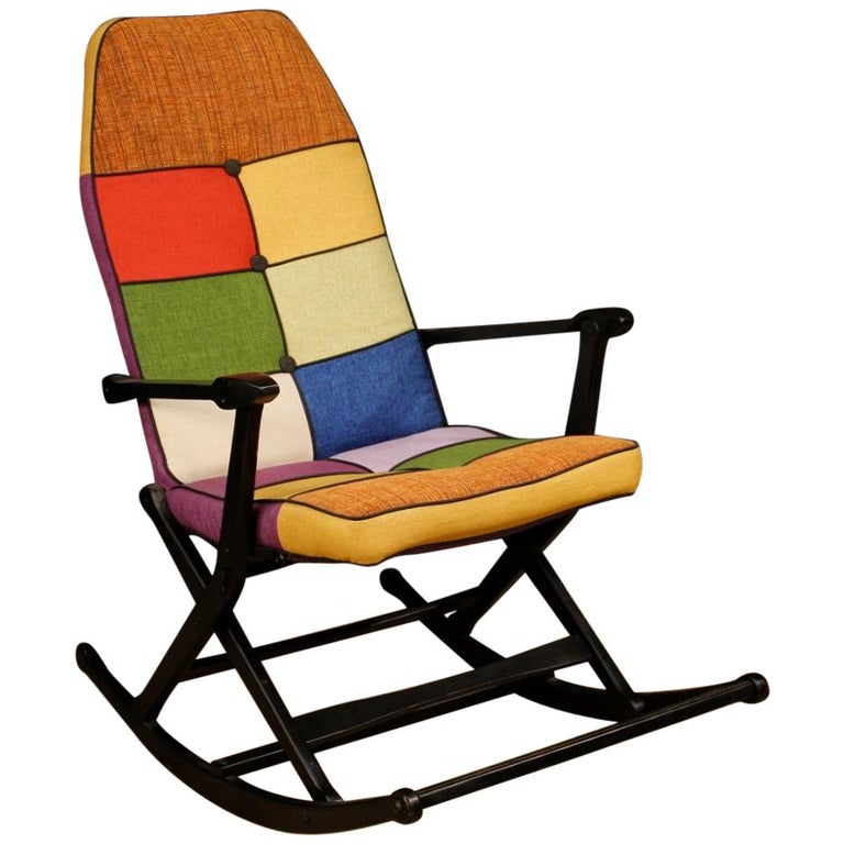 Reguitti 20th Century Lacquered Wood and Fabric Italian Design Rocking Armchair For Sale