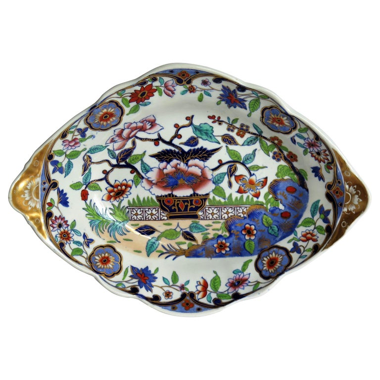Late Georgian Spode Dish or Oval Plate finely enamelled Pattern 4052, circa 1820 For Sale