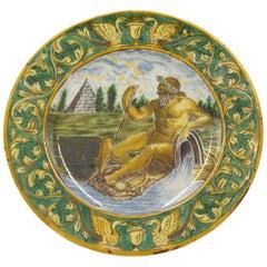 Set of 6 Italian Renaissance Style Majolica Porcelain Plates