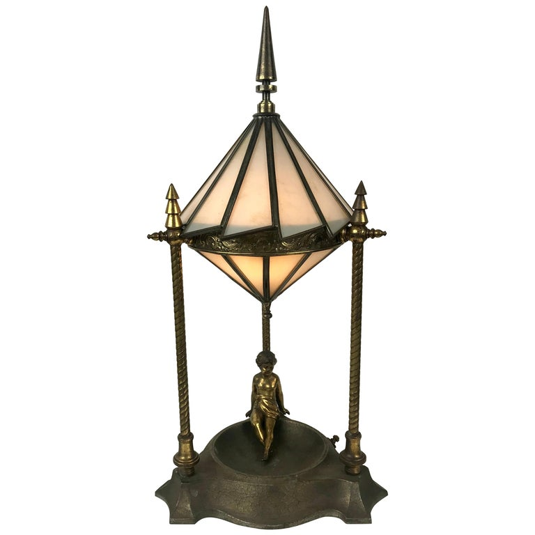 Classic Art Deco Boudoir Lamp Stunning Ziggurat Leaded Shade For Sale