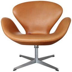 Vintage Cognac Leather Swan Chair by Arne Jacobsen for Fritz Hansen
