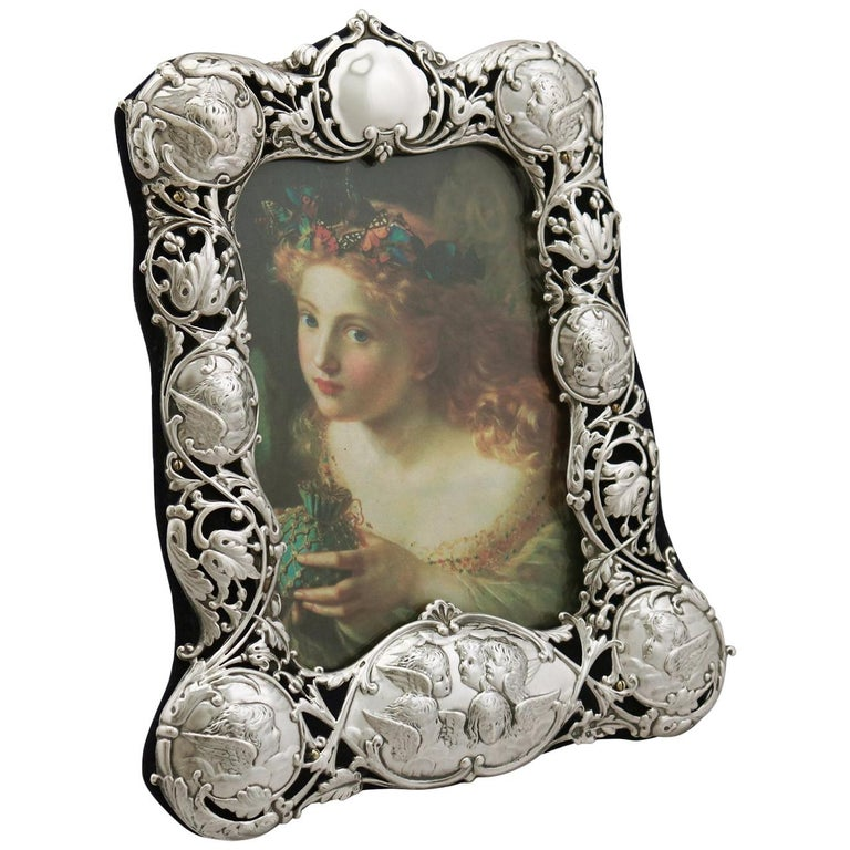Victorian English Sterling Silver Photograph Frame by William Comyns & Sons For Sale