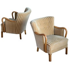 Pair of Viggo Boesen Attributed Danish Lounge Chairs in Oak and Mohair, 1940s