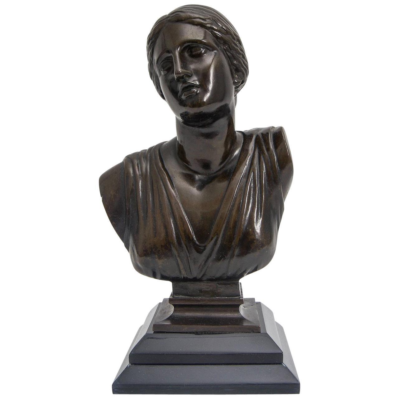 Grand Tour Venus Classical Bronze
