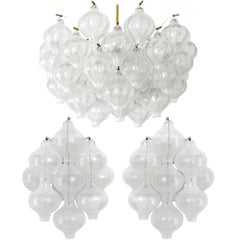 Set Kalmar Chandelier and Pair of Sconces Wall Lights 'Tulipan' Glass Brass 1970