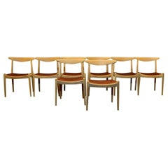 Set of 8 W1 Oak and Leather Chairs by Hans J. Wegner, 1950s, C.M. Madsens DK