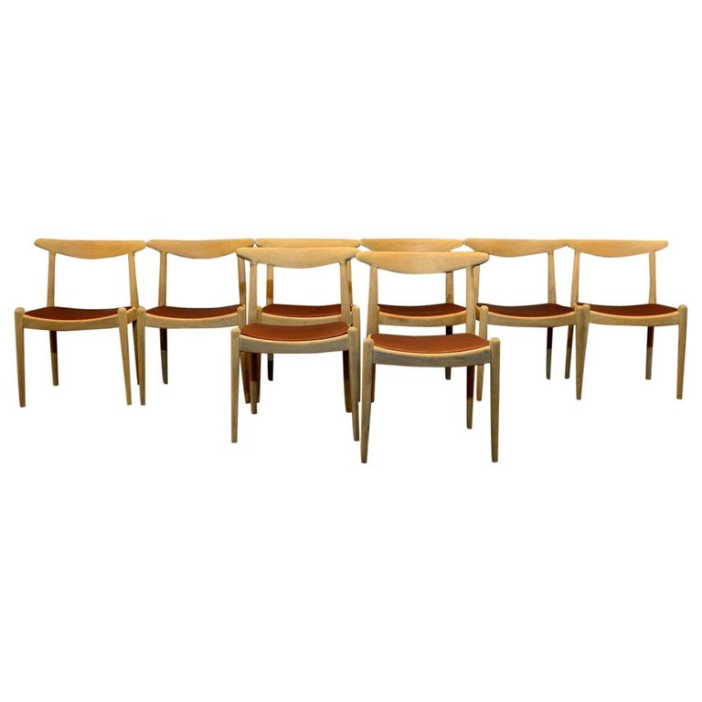 Set of 8 W1 Oak and Leather Chairs by Hans J. Wegner, 1950s, C.M. Madsens DK For Sale