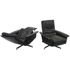 Pair of 1960s Mid-Century Modern Black Leather Reclining Lay-Z-Boy Lounge Chairs