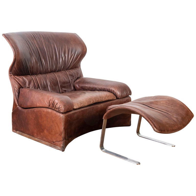 Giovanni Offredi Italian Cognac Leather Lounge Chair with Footstool for Saporiti For Sale