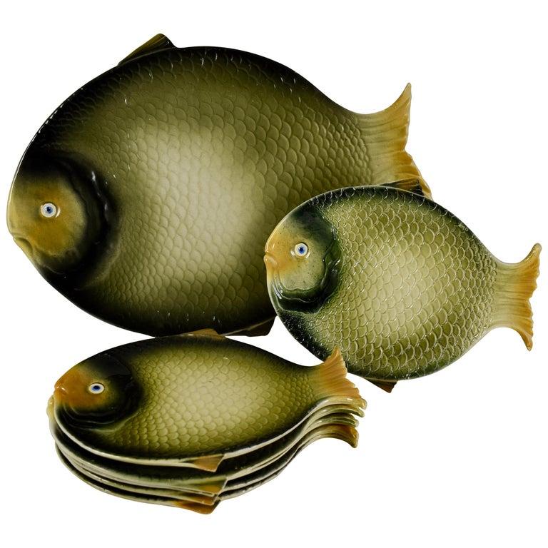 Mid-Century Modern Era Northern Italian Faïence Majolica Fish Service, Set of 7 For Sale