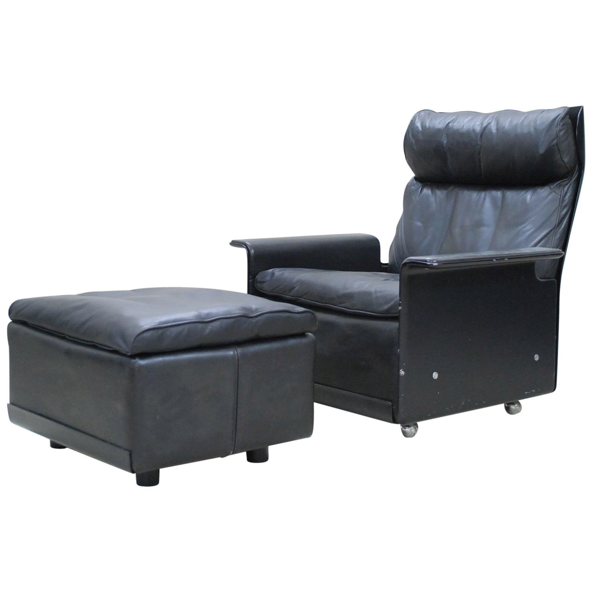 Dieter Rams Model 620 for Vitsoe Leather Lounge Chair and Ottoman