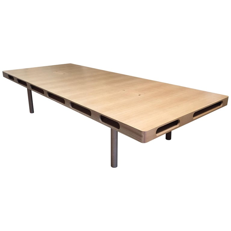 Box Table in White Oak for Dining or Conference For Sale