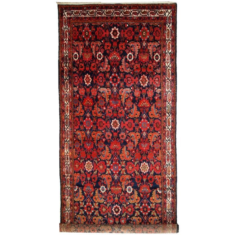 Handmade Vintage Malayer Style Runner, 1920s, 1C323 For Sale