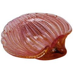 Mauve and Gold Murano Glass Shell Bowl by Alfredo Barbini, circa 1940