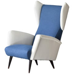 Gio Ponti, Wingback / Lounge Chair, White and Blue Fabric, Oak, Cassina, 1950s
