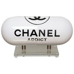 Pill Chanel Addict White Sculpture
