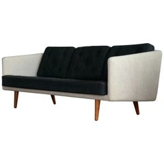 Borge Mogensen Sofa Model 203 in Original Wool for Fredericia, Denmark, 1955