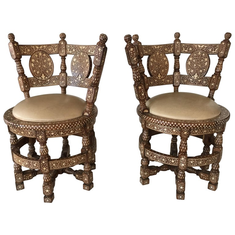 Pair of Colonial Lounge Chairs For Sale