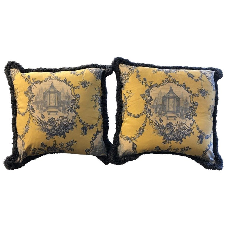Pair of Louis XVI Style Oversized Toile Pillows, 21st Century For Sale