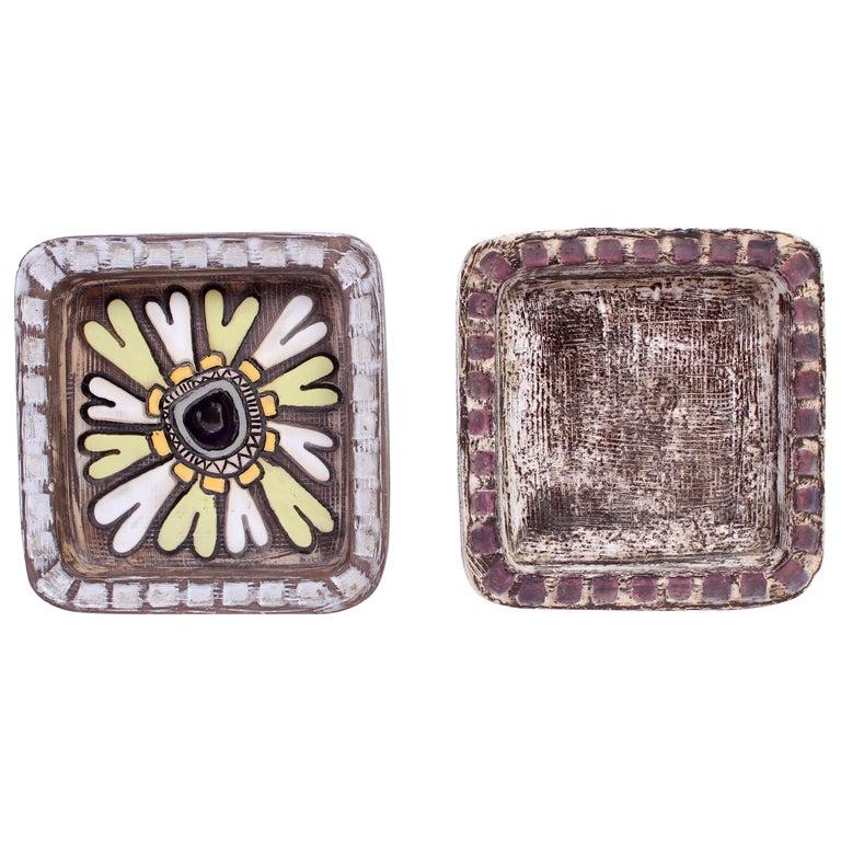Midcentury Pair of Ceramic Trays by Mari Simmulson for Upsala Ekeby For Sale
