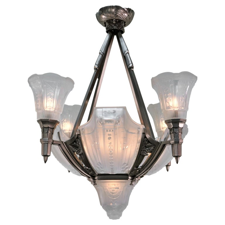 French 1920s Art Deco Chandelier by Muller Freres For Sale