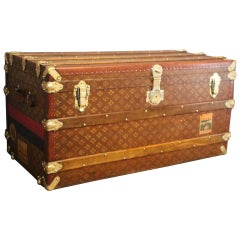 "1930s Steamer Trunk by ""Aux Etats Unis"""