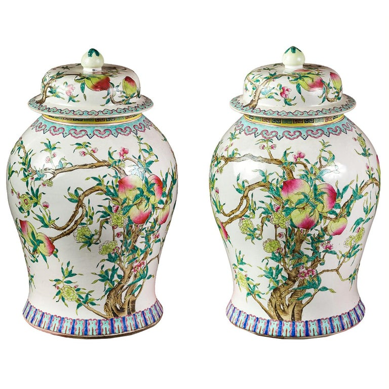 Pair of chinese potiches in glazed painted porcelain, China 20th century vases For Sale